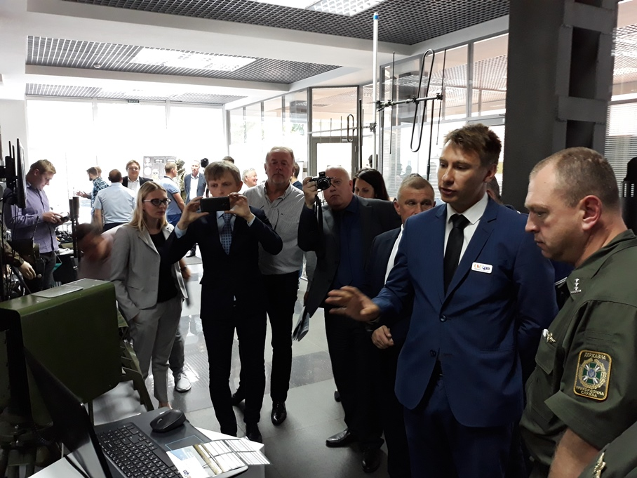 "UA.RPA presented its production at the exhibition-presentation from the members of the ""League of Defense Companies of Ukraine"" (2)"
